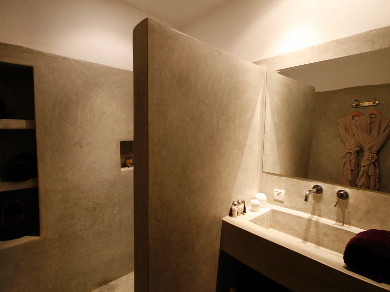Tadelakt bathroom pdo bathrooms pinterest angles and for Salle de bain beton cire