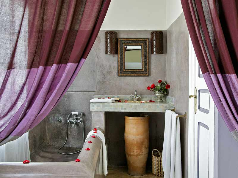 Riad casa lila spa book casa lila spa riad in - Peinture salle de bain gris perle ...