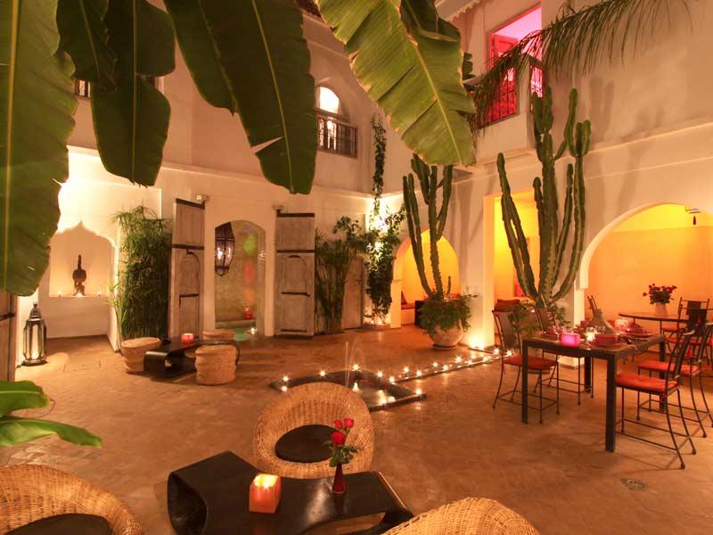 Riad o book riad o riad in marrakech hotels ryads - Maison marocaine avec patio ...