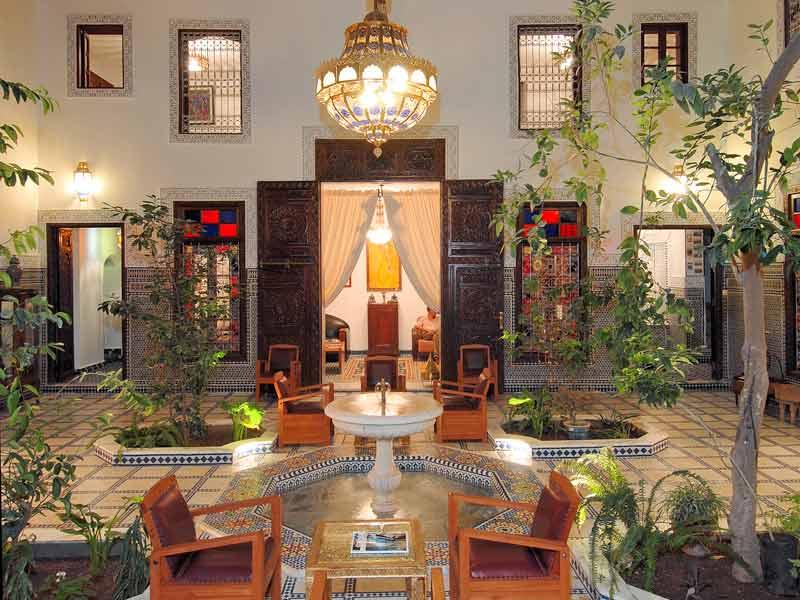 Riad souafine book riad souafine riad in f s hotels ryads - Decoracion marruecos ...